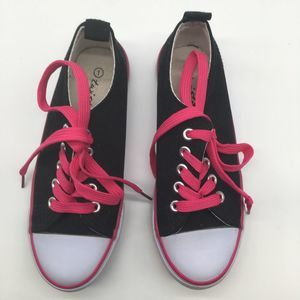Twisted Jr Girls Canvas Shoes Size 1